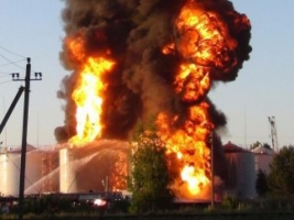 По факту незаконного размещения нефтебаз возле воинской части близ Василькова возбуждено дело