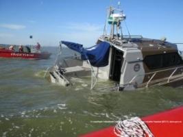 Пострадавших при взрыве катера под Мариуполем отправили в Одессу