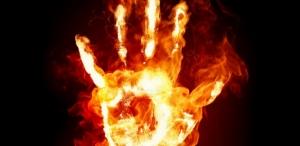 В Черновицкой области мужчина пытался совершить самосожжение на избирательном участке