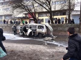 В Харькове средь бела дня взорвался автомобиль с комбатом Слобожанщины