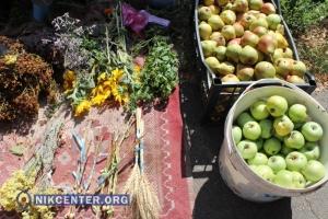 В храмах Николаева освятили плоды нового урожая (ФОТОРЕПОРТАЖ)