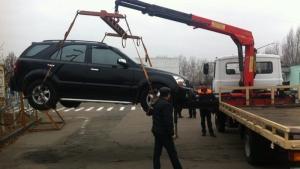 Патрульной полиции разрешили эвакуировать неправильно припаркованные автомобили