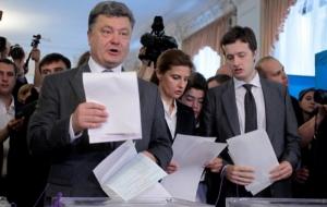 «Мой сын в зоне АТО. Он отправился туда добровольно» - Порошенко подтвердил, что его сын воюет на Донбассе
