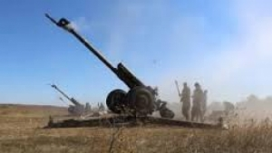 В Донецк вошла новая артиллерийская группа террористов