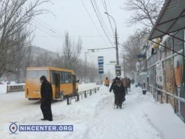 В Николаеве на улицы вышла только часть транспорта: остановлено движение трамваев, но троллейбусы ходят