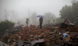 Число погибших от землетрясения в Непале превысило шесть тысяч