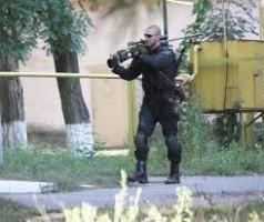 По митингующим евромайдановцам стреляли снайперы