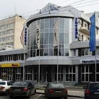 УБОП опять проводит обыски в торгово-офисном центре «Техноконтракт». Подозревают мошенничество в особо крупных размерах