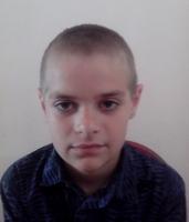 На николаевском вокзале нашли мальчика. Помогите найти его родителей