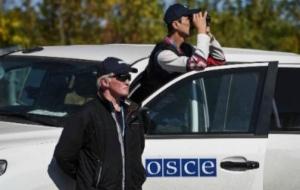 В Луганской области боевики заблокировали автомобиль наблюдателей ОБСЕ
