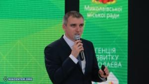 Александр Сенкевич заявил, что у николаевских дорог нет паспортов