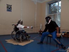 Спорт нам не нужен? Одесская мэрия отбирает тренировочную базу у фехтовальщиков