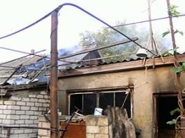 За сутки спасатели ликвидировали пожар трех хозяйственных построек