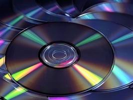 В Одессе правоохранители уничтожили более 45 тыс. пиратских дисков