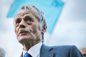 Джемилев утверждает, что крымские татары, поддержавшие Россию, бегут с полуострова