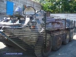 В Николаеве представили БТР с противокумулятивными экранами, которые будут защищать николаевских десантников