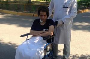 Медсестре, потерявшей ноги в зоне АТО, подарили специальный электромобиль