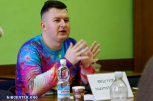Херсонские ЛГБТ-активисты осудили инициативу местного шоу-мена провести в городе «марш равенства»