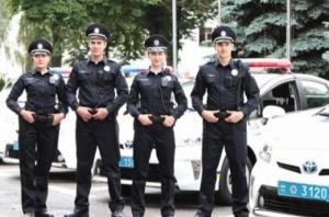 Обнародованы новые законодательные нормы, согласно которым дорожная полиция может останавливать автомобили