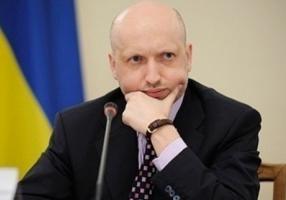 Перемирие на востоке Украины было нарушено более тысячи раз - Турчинов
