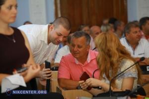 Сегодня николаевские депутаты пересмотрят бюджет и установят мораторий на повышение тарифов (ФОТОРЕПОРТАЖ С СЕССИИ)