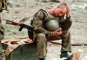 В ходе обстрела в АТО были ранены двое украинских военных