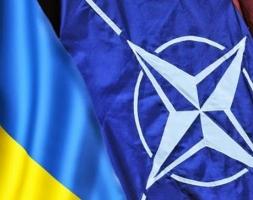В НАТО заявили о значительном отводе российских военных из Украины