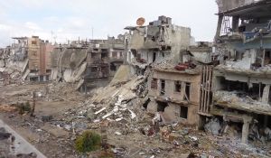 В Донецке во время обстрела пострадало много зданий и инфраструктура