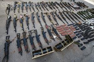 Террористы похвастались трофеями, добытыми у украинских военных в бою под Волновахой