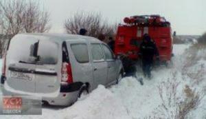 При расчистке от снега трассы «Одесса-Рени» скончался работник дорожной службы
