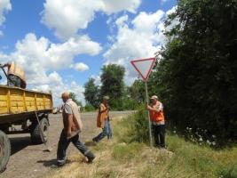 На трассе от Николаева до Одессы украли 159 дорожных знаков