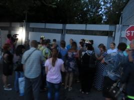 Бойцов территориальной обороны отправили в зону АТО, несмотря на протесты родственников