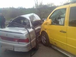 В Николаевской области на трассе «Киев-Одесса» в автоаварии погибли два человека