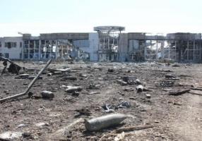 Ночью Донецкий аэропорт боевики обстреляли из минометов