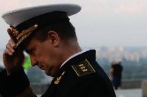 Вместо того, чтобы наказывать милицейских генералов, Виктор Янукович увольняет военных адмиралов