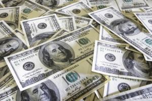 Украинцы продают больше валюты, чем покупают - НБУ
