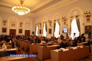 Николаевские депутаты разрешили продолжить скандальное строительство на территории сквера (ФОТОРЕПОРТАЖ С СЕССИИ)
