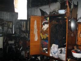 На Николаевщине из-за короткого замыкания загорелся гараж