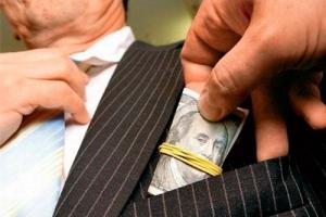 Коррупция в стране не снизилась - опрос