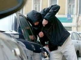 В Ленинском районе г. Николаева неизвестные угнали автомобиль «NISSAN»