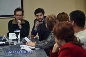 В Херсоне попытались честно поговорить о том, что сулит Украине ассоциация в ЕС