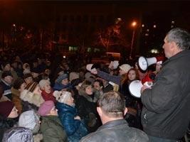 На Николаевском «антимайдане» Януковича считают действующим президентом