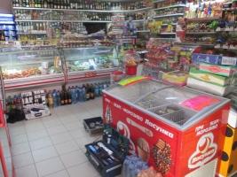 В Николаеве вооруженные грабители обчистили магазин