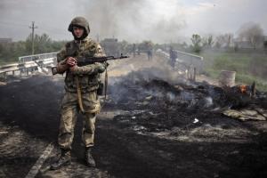 За сутки в зоне АТО погибли 5 и получили ранения различной степени тяжести 8 украинских солдат
