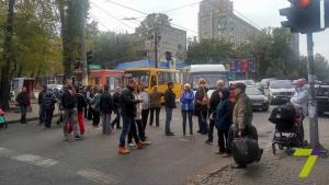 После шторма пятый день без света. Одесситы в знак протеста перекрыли улицы